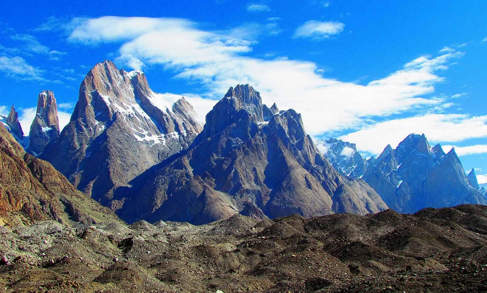 White Plains Jeep >> Trango Towers Expedition | Active Tours Pakistan