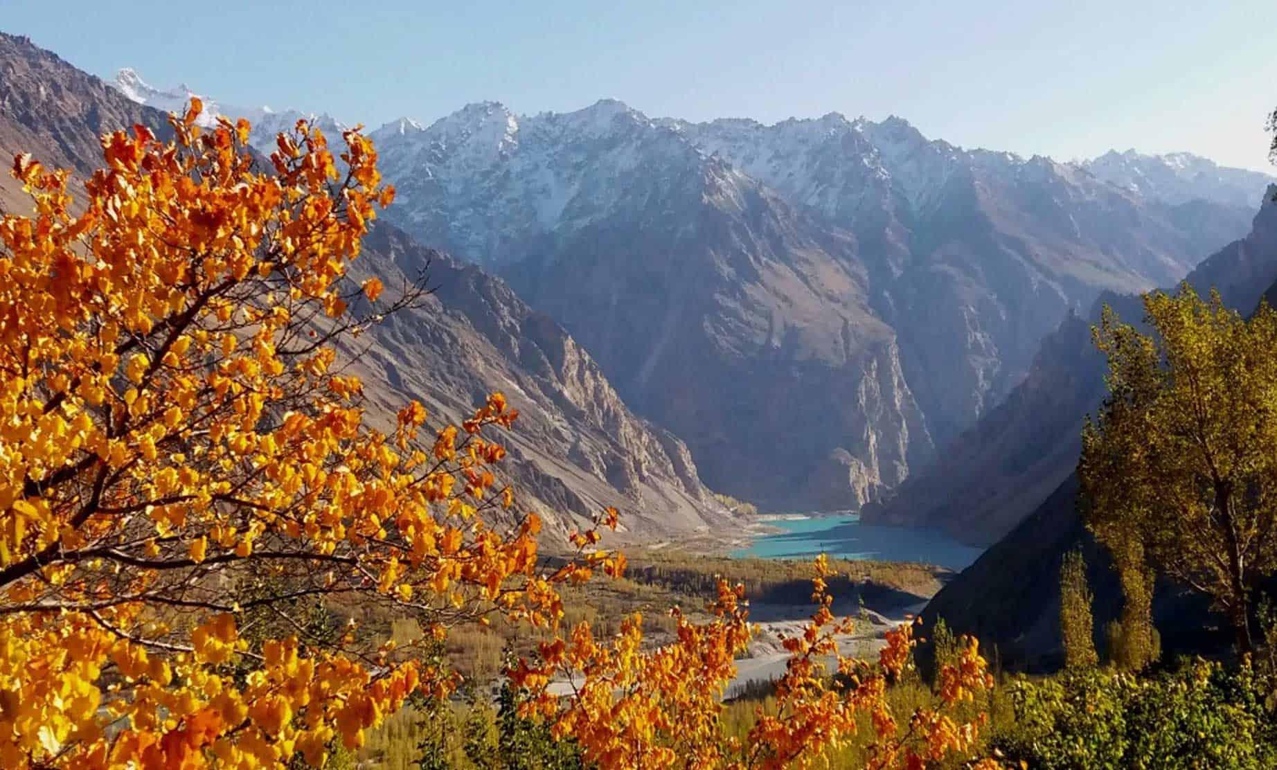 White Plains Jeep >> Hunza Autumn Tour – North Pakistan | Active Tours Pakistan